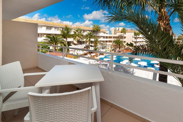 Pool view suite bh mallorca hotel magaluf